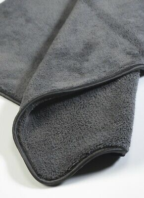 Microfibre 1000gsm heavyweight edgeless towel.  60x60cm. Valet, wax, dry, detail