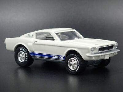 1965 Ford Mustang Shelby Gt350 Fastback Rare 1:64 Echelle Voiture Miniature
