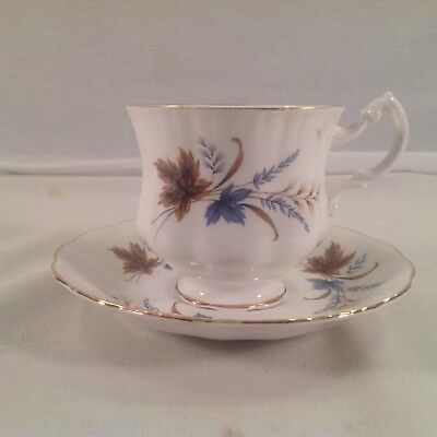 Paragon Fine Bone China Teacup & Saucer By Appointment Of Her Majesty The Queen