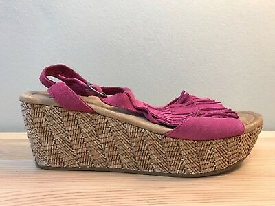 Minnetonka Moccasins Pink Leather Ankle Strap Wedge Heel Sandals Women's Size 9