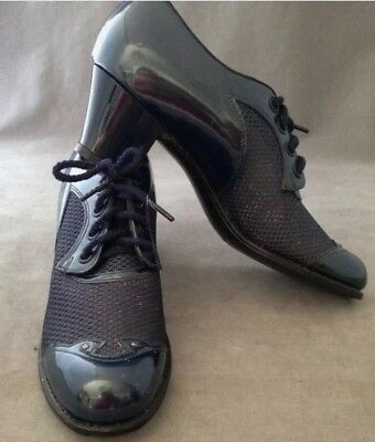 1920s 1930s DEADSTOCK Navy Patent Leather And Mesh Oxford Granny Shoes