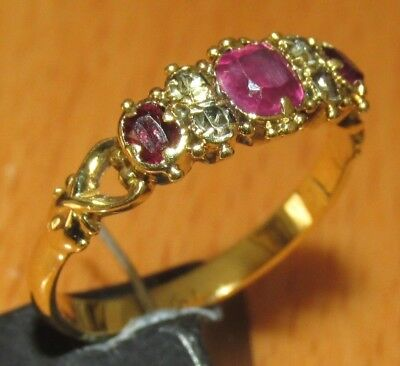 VINTAGE 18ct YELLOW GOLD MULTI RUBY & WHITE SAPPHIRE BAND RING SIZE K
