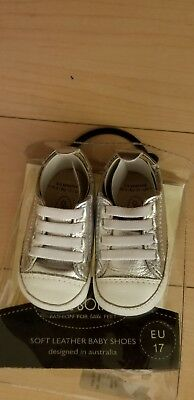 Old Soles SILVER sneaker leather UNISEX Size17 US 0-3 months baby  Christening cdf02ec4dcba