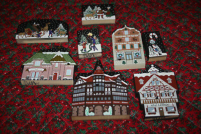 Lot of 8 Cat's Meow Village North Pole from Box Set ~ Christmas