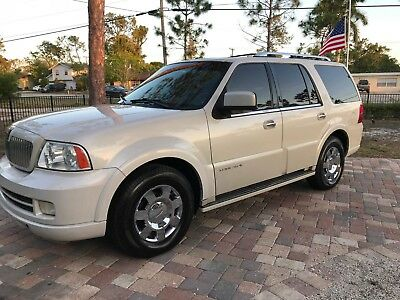 2006 Lincoln Navigator Ultimate 2006 LINCOLN NAVIGATOR ULTIMATE --- NO RESERVE