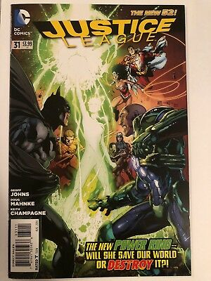 Justice League #31 VF/NM  New 52 1st Full Appearance of Jessica Cruz
