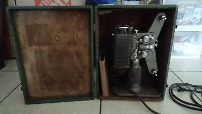Revere Eight Model 85 8 mm Projector with Case