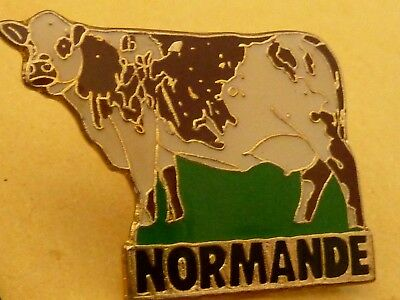 Pin's Animaux  Vache Cow   Vache Normande