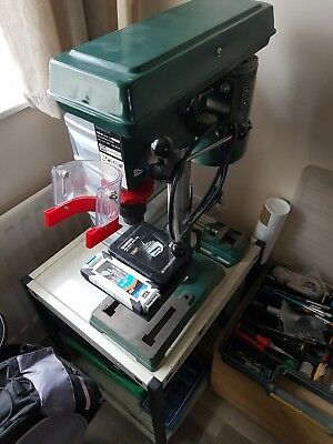 pillar drill with vice and small steel table