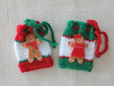 "2 GINGERBREAD THEME GIFT BAGS -  hand knit - 4"" x3"""