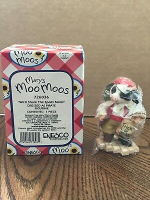 "Enesco Mary's Moo Moos ""We'll Share The Spoils Mate!"" Pirate Halloween  726036"