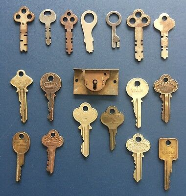 Set Lot Vintage Cabinet Lock Keys Yale Towne Erwin Corbin Independent Atlas Conn