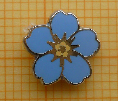 Masonic Lapel Pin Badge - Yellow Blue Enamel - Forget-me-not  9 mm
