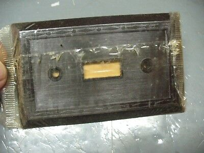 Vintage    Leviton    Single   Wall   Switch    Plate    Mint  Unopened