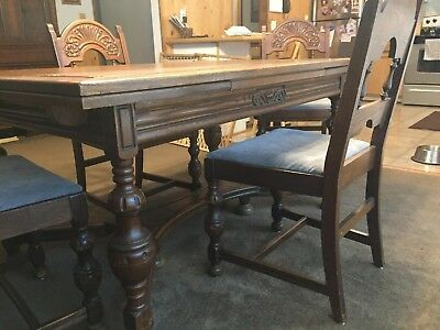 Dining table and 4 chairs Antique walnut