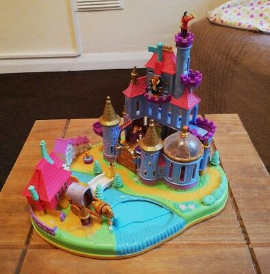Vintage Polly Pocket Beauty And The Beast Magical Castle 1997. 100% Complete
