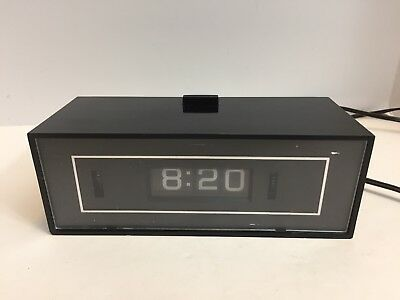 Vtg GE 8142-4 Lighted Dial Rotary Flip Alarm Clock Snooze WORKS