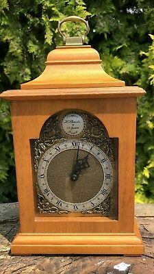 Antique Vintage Wooden ROTHERHAM Bracket Mantel Clock / Timepiece *