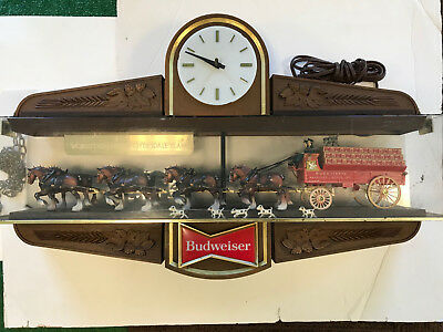 Vintage Budweiser Beer World's Champion Clydesdale Team Clock Double Sided Light
