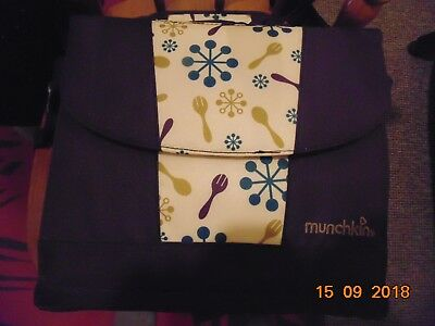 Munchkin Travel Booster Seat Purple !!! FREE P7P !!!