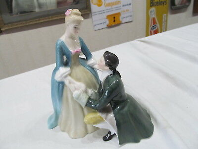 Vintage Royal Doulton Figurine The Suitor H.n. 2132 Copr. 1951 Man & Lady