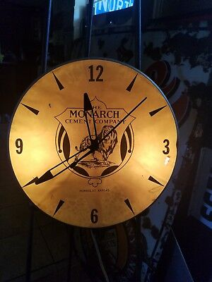 Vintage MONARCH CEMENT COMPANY CLOCK Humboldt Iowa Lighted Advertising Time