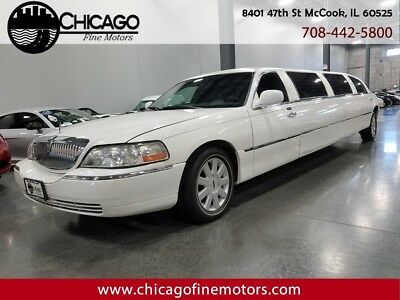 2005 Town Car Executive Limo
