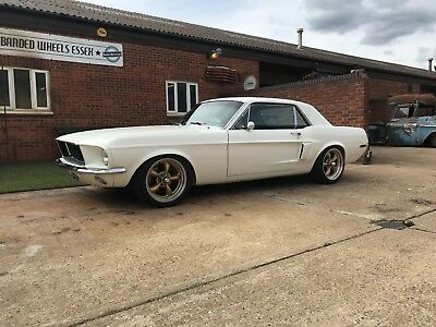 Mustang coupe 347 stroker 4 speed manual