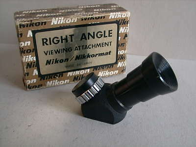 Nikon Nikkormat  Right Angle Viewing Attachment / Winkelsucher