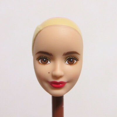 Head for Barbie Doll White Skin without Hair Smile Face Red Lips Doll Body Part