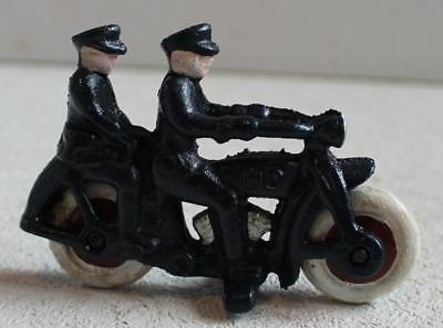 Cast Iron Harley Davidson Motorcycle With 2 Riders Toy