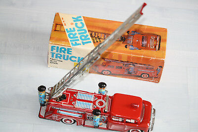 STI MF718 FIRE TRUCK VINTAGE 60s 26cm LONG FRICTION TIN TOY CHINA EXC RARE