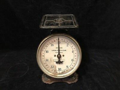 Vintage Landers, Frary & Clark Family Scale Universal New Brittain, Conn