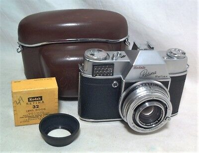 Kodak Retina Relfex 35Mm Slr W/ Field Case & Lens Hood - Clean & Working