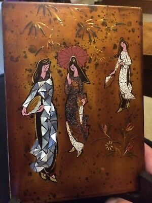 Vietnamese Eggshell Lacquer painting