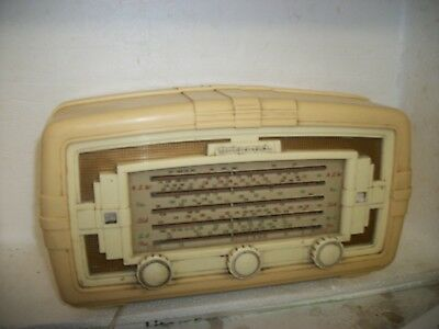 Vintage Hotpoint Model P65-Me Valve Radio,, Still In Working Condition
