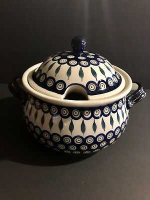 Boleslawiec Polish pottery Serving Bowl With Lid Flowery Design