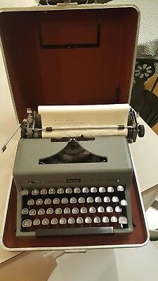 Vintage Royal Quiet Deluxe Grey Portable Typewriter GREAT GIFT FOR WRITER