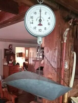 Vintage Penn Scale Co.  Hanging General Store 20 Lb. Scale Series 820