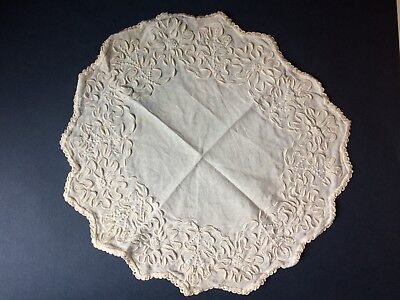 Edwardian Coronation Cord Centerpiece with Victorian Linen Doilies Star Lot of 5