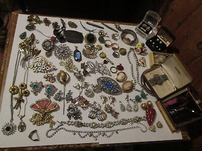 Superb Lot of Antique & Vintage Estate Jewelry Pins Earrings Pendants Rings LOOK