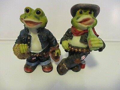 Frog set of two frogs cowboy hats drinking toads
