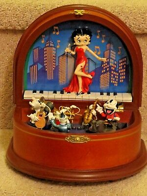 "Betty Boop Music Box, Wood, from Danbury Mint, Plays ""I Wanna Be Loved By You"""