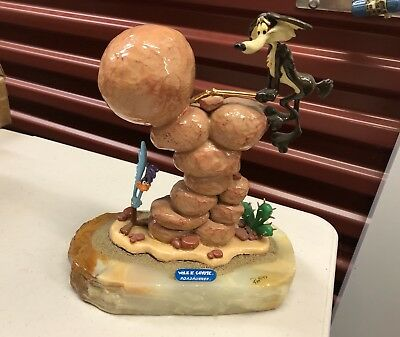 Ron Lee Looney Tunes Wile E. Coyote Roadrunner Sculpture 1883/2750