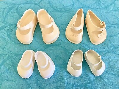 VINTAGE DOLLS SHOES x 4 ( Two Pairs Cinderella )