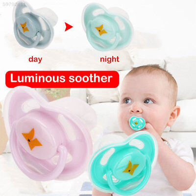 4762 2 Pcs/Set 3 Colors Lovely Baby Nipple Infant Nipple Noctilucan Gifts