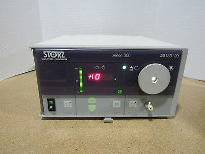 Karl Storz Endoscope Xenon 300 Light Source  20133120 Tested + Working