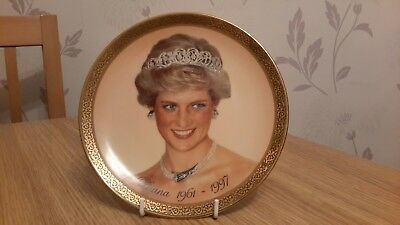 A Diana Plate With gold Gilding