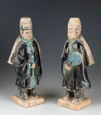 *SC* INTERESTING PAIR OF CHINESE POTTERY ATTENDANTS w. CAPES, MING DYNASTY!