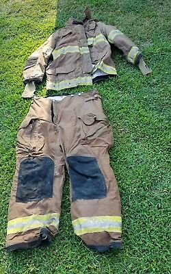 Janesville Firefighter Turnout Coat 2011 Size 48/32 & Pants 40 Preowned Costume